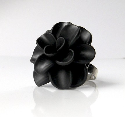 Yummy and Company Giant Flower Ring